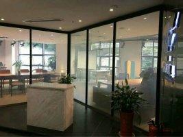供应智能调光玻璃,夹丝玻璃,LED玻璃