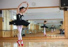 供应天津定做舞蹈镜 天津镜子安装教程