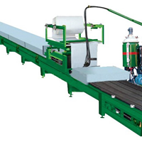 聚氨酯彩钢瓦夹芯板冷库房板材发泡生产线