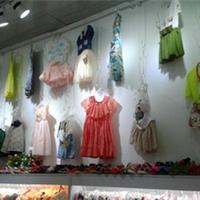 童装店装饰设计天津品牌童装专卖店装修公司
