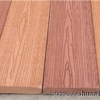 供应仿木地板色泽纹理逼真、耐用、不腐