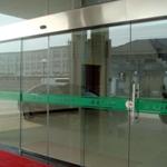 上海感应门电源修理 玻璃门维修 地弹簧更换维修