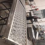 安徽安庆铝合金铝窗花 铝合金花格 屏风仿古木纹铝窗花厂家直销