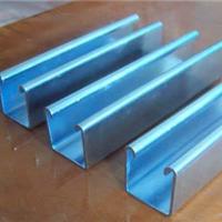 济南模板钢木方也叫钢木梁c型钢大量生产中