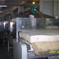 乳胶微波烘干机|乳胶床垫微波干燥设备图片