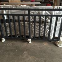 厂家供应楼盘工程铝型材阳台护栏加工