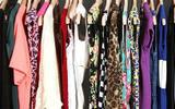 这样用再也不怕衣柜不够挂衣服了-衣柜里挂衣服的杆子叫什么
